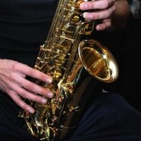 saxofon-3-199x300